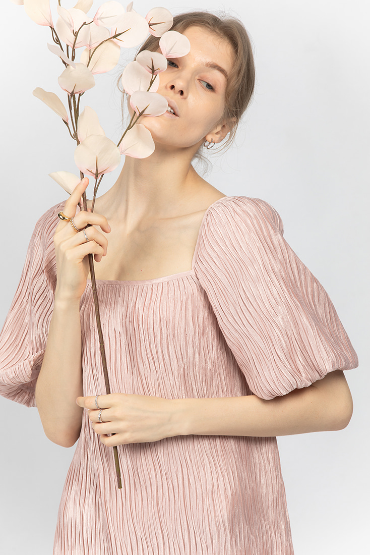 Volume Pleats Dress - Pink