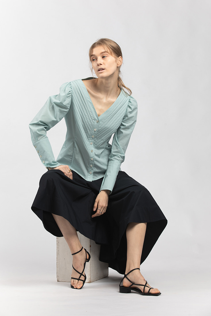 Cotton Pleats Puffy Long Sleeves Blouse - Blue